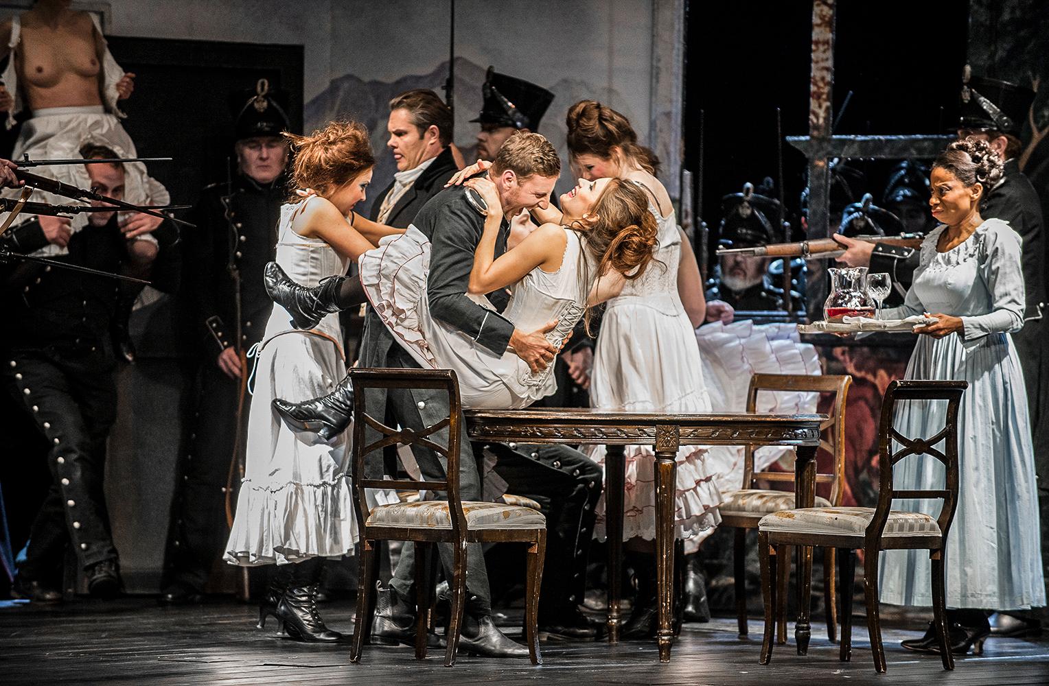 """""""Fidelio"""", L.v.Beethoven, Opernhaus Essen, Inszenierung: Dietrich Hilsdorf"""