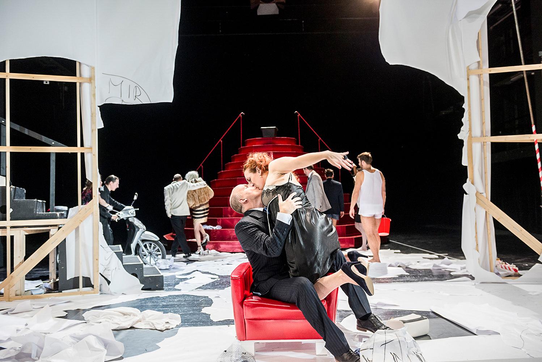 """""""Floh im Ohr"""", G.Feynau, Staatstheater Kassel, Regie: Markus Dietz"""