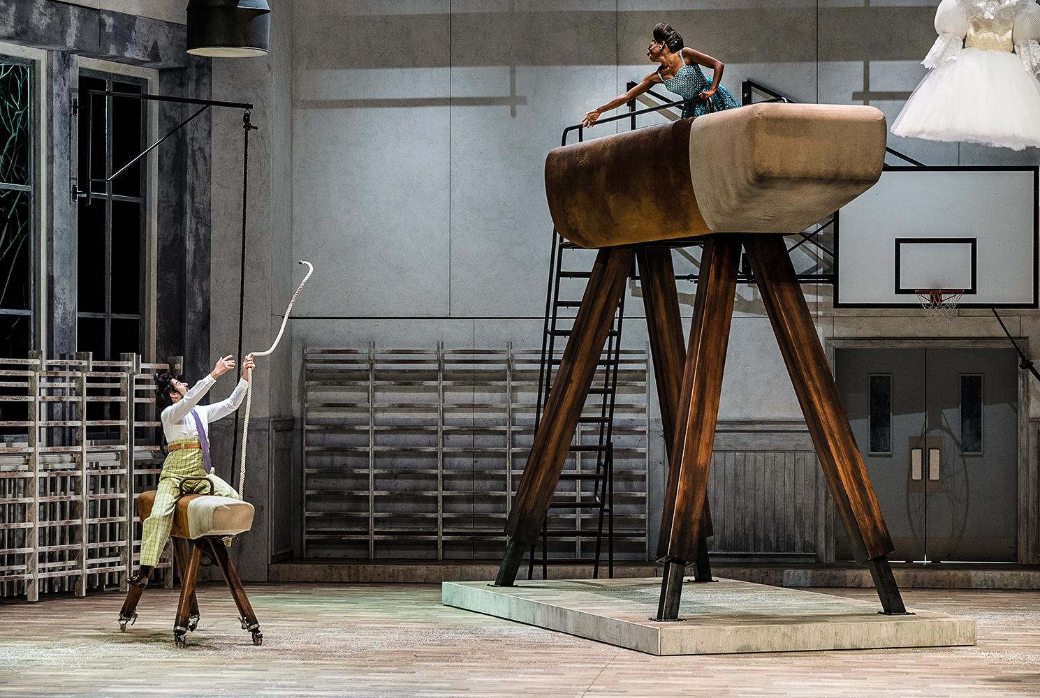 """""""Die verkaufte Braut"""", B.Smetana, Opernhaus Essen, Inszenierung: SKUTR"""